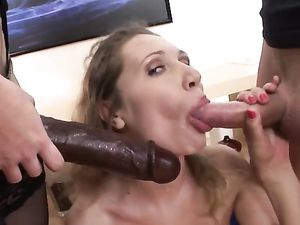 Kinky Chicks Have An Anal Threesome With Him