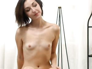 Cock Worshiping Girlfriend Gives Him Her Tight Asshole