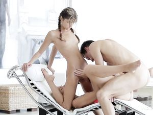MFF Teen Threeway With Great Blowjobs And Erotic Sex