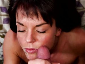 Facial For A Nasty Brunette After Riding