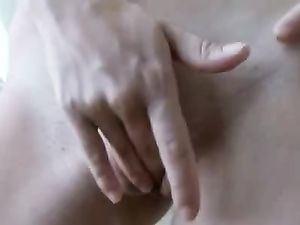 Temptress Takes Us Close Up For Pussy Rubbing