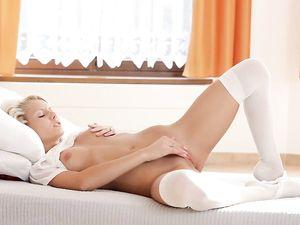 White Stockings Teen Fucks A Thick Pink Dildo